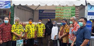 Bupati Belitung Apresiasi Stand UPT Kewirausahaan AMB